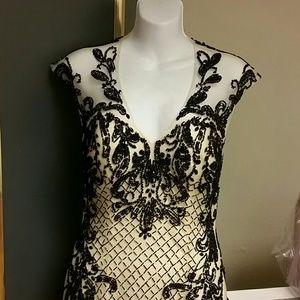 Dresses & Skirts - Prom long mermaid style champagne black